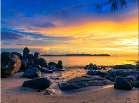 Sunset over the Sea Jigsaw Puzzle
