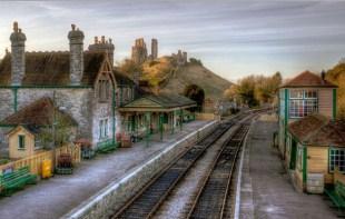 Corfe Castle Station Jigsaw Puzzle