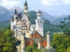 Dream Castle Sliding Puzzle
