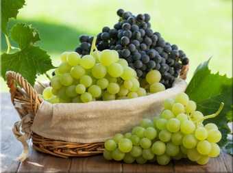 Basket of Grapes Jigsaw Puzzle